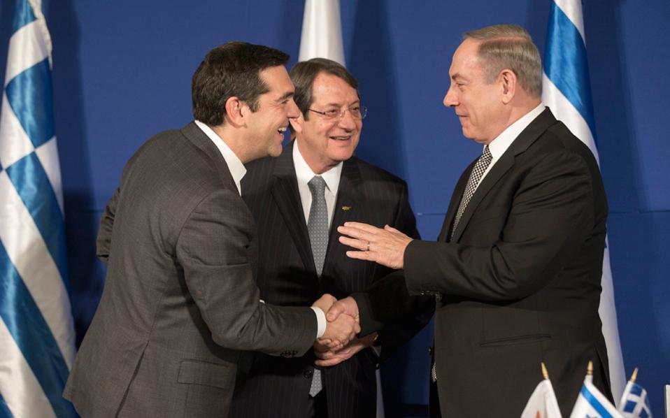 Ο πρωθυπουργός της Ελλάδας Αλ. Τσίπρας, ο πρόεδρος της Κύπρου Ν. Αναστασιάδης και ο πρωθυπουργός του Ισραήλ Μπέντζαμιν Νετανιάχου συμφώνησαν η επόμενη τριμερής να γίνει στη Θεσσαλονίκη μέσα στο 2017.