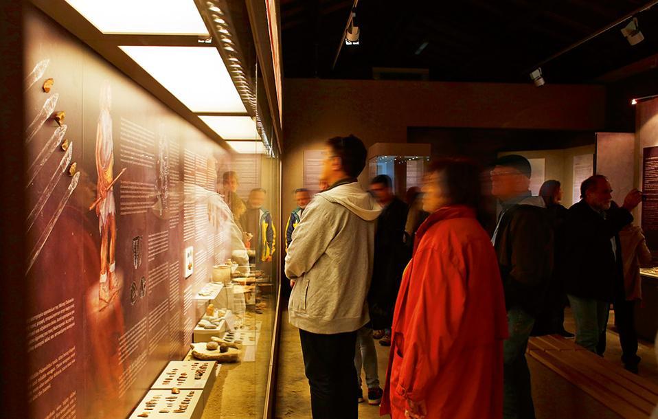 Το πολύ ενδιαφέρον Κέντρο Τεκμηρίωσης και Εκπαίδευσης του Σπηλαίου Θεόπετρας. (Φωτογραφία: ΝΙΚΟΣ ΚΟΚΚΑΣ)