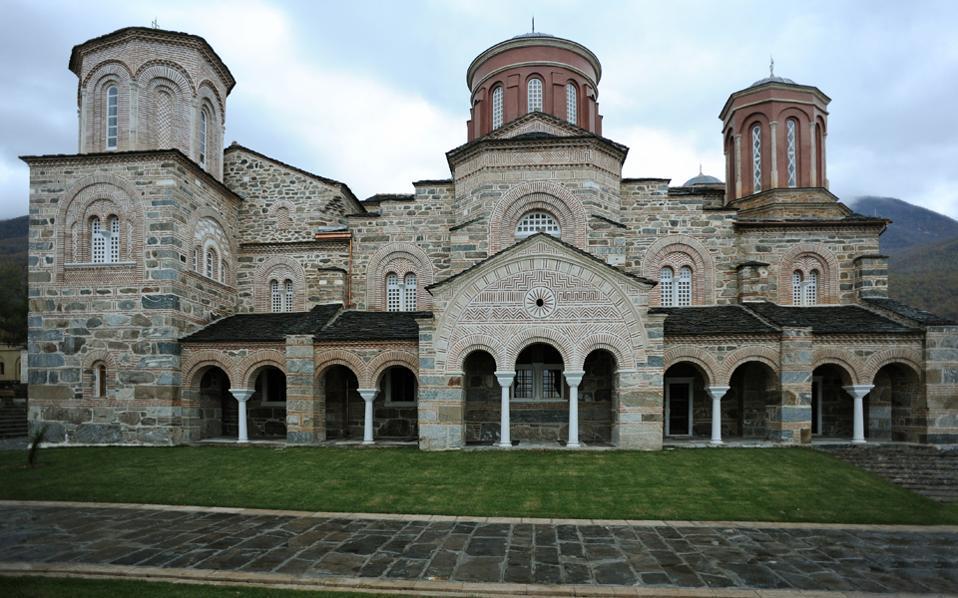 Τη γυναικεία Ιερά Μονή Τιμίου Προδρόμου στο Ακριτοχώρι Σερρών εγκαινίασε ο Οικουμενικός Πατριάρχης κ.κ. Βαρθολομαίος, παρουσία και του Αρχιεπισκόπου Αθηνών κ. Ιερωνύμου.