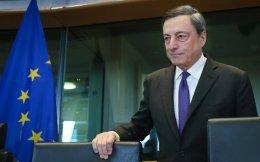 Ο Ιταλός πρόεδρος της Ευρωπαϊκής Κεντρικής Τράπεζας (ΕΚΤ), Μάριο Ντράγκι, εκ της θέσεώς του, αλλά και λόγω καταγωγής, είναι ο καλύτερα ενημερωμένος Ευρωπαίος αξιωματούχος σχετικά με το πρόβλημα του ιταλικού τραπεζικού συστήματος.