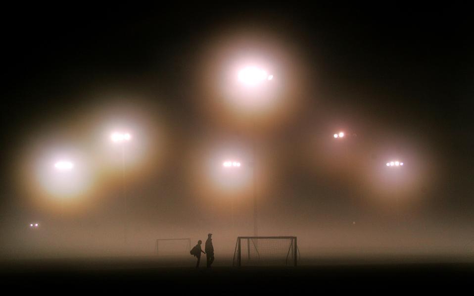 Ερευνα της FIFpro αποκαλύπτει τη ζωή των ποδοσφαιριστών μακριά από τα εκατομμύρια και τα φλας της δημοσιότητας.
