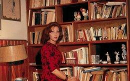 Η Κλαρίσε Λισπέκτορ  (1920 - 1977) συγκαταλέγεται ανάμεσα στις σημαντικότερες λογοτεχνικές φωνές της Βραζιλίας. Η καλογυαλισμένη σύζυγος διπλωμάτη ήταν στα ενδότερα μια σκαπανέας της γραφής. Δεξιά πάνω: Ο μεταφραστής και βιογράφος της, Benjamin Moser.