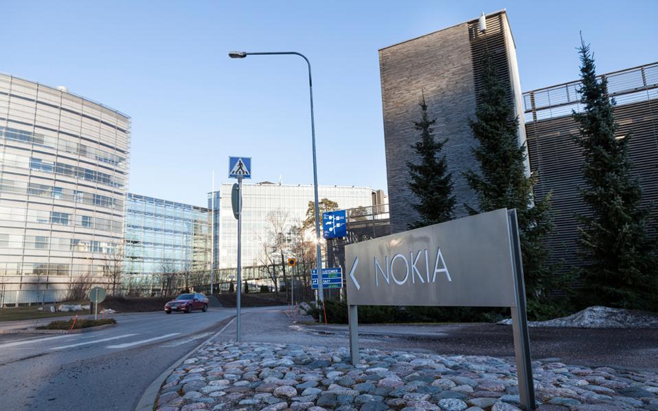 Τα διαθέσιμα μοντέλα της είναι περιορισμένα προς το παρόν, αλλά σύντομα θα εμπλουτιστούν με νέα, τα οποία θα χρησιμοποιούν λογισμικό Android. Επίσης, οι καταναλωτές θα βρίσκουν και ταμπλέτες με το εμπορικό σήμα της Nokia.