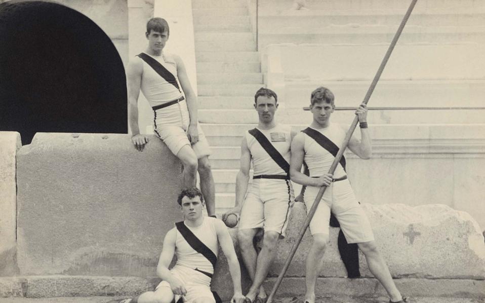 Φωτογραφία-ντοκουμέντο του Αλμπερτ Μάγερ από τους Ολυμπιακούς της Αθήνας το 1896.