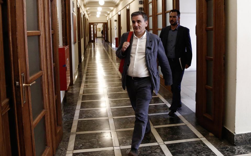 Επιδίωξη της κυβέρνησης και του υπουργού Οικονομικών Ευκλείδη Τσακαλώτου, αύριο στο Eurogroup, να συμφωνηθεί ότι αξιολόγηση, πρωτογενή πλεονάσματα και χρέος θα μπουν σε ένα «πακέτο».
