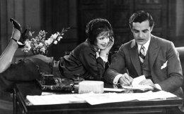 Η Κλάρα Μπόου και ο Αντόνιο Μορένο στην κλασική ρομαντική κομεντί του βωβού κινηματογράφου «It» (1927), που διασώζεται αποκατεστημένη.