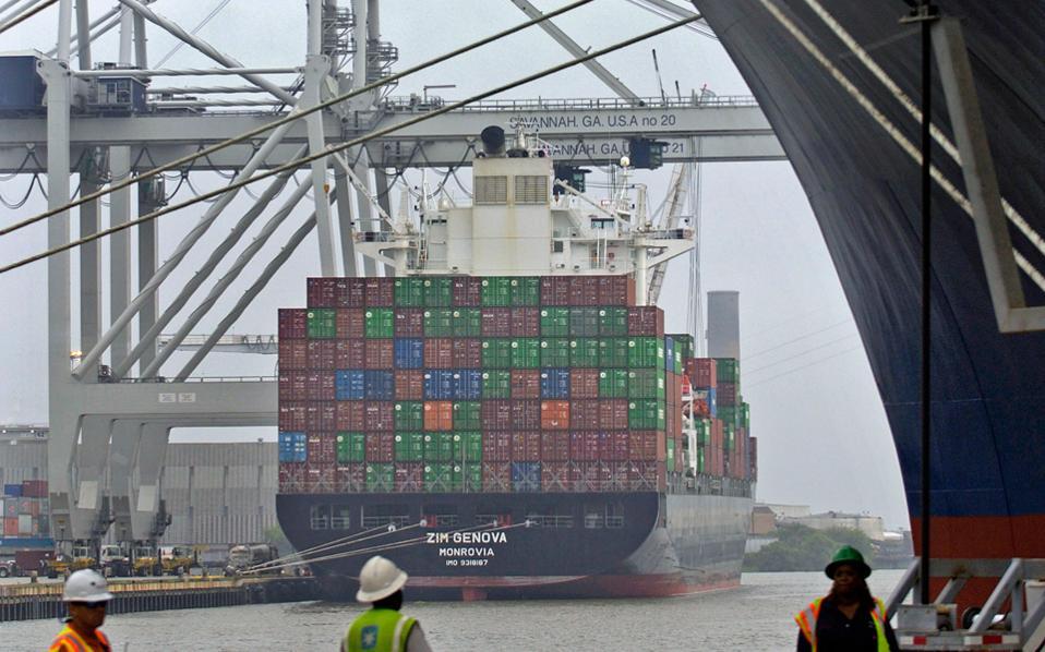 Η Orient Overseas είναι η ένατη μεγαλύτερη εταιρεία μεταφοράς εμπορευματοκιβωτίων σε διεθνή κατάταξη με μερίδιο 2,8%.