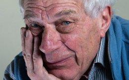 Ο Τζον Μπέργκερ (1926-2017) υπήρξε κορυφαίος αναλυτής της τέχνης, συγγραφέας και ζωγράφος.