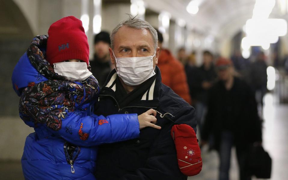 Στην Ελλάδα εκτιμάται ότι το 12% των επισκέψεων σε γιατρό, την πρώτη εβδομάδα του 2017, αφορούσε ασθενείς με συμπτώματα γρίπης.