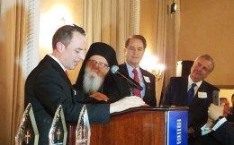 Ο προσωπάρχης του Λευκού Οίκου Ρέινς Πρίμπους στην εκδήλωση της ομογένειας με τον Αρχιεπίσκοπο Αμερικής Δημήτριο.