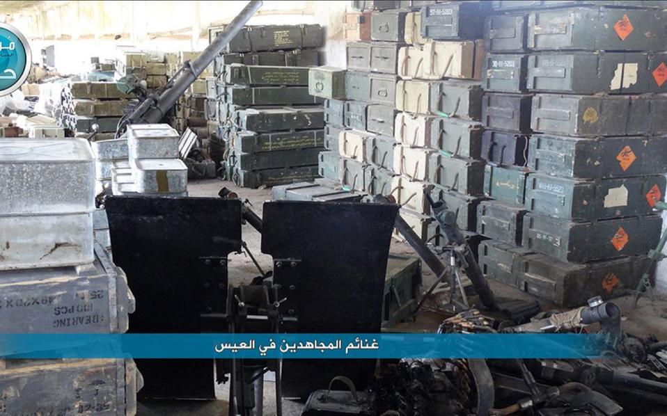 Τέσσερις χιλιάδες πύραυλοι τύπου Grad, δύο εκατ. βλήματα για πυροβόλα μεγάλου διαμετρήματος και άλλα πυρομαχικά βουλγαρικής προέλευσης βρέθηκαν σε αποθήκες της Αλ Νούσρα στο Χαλέπι.
