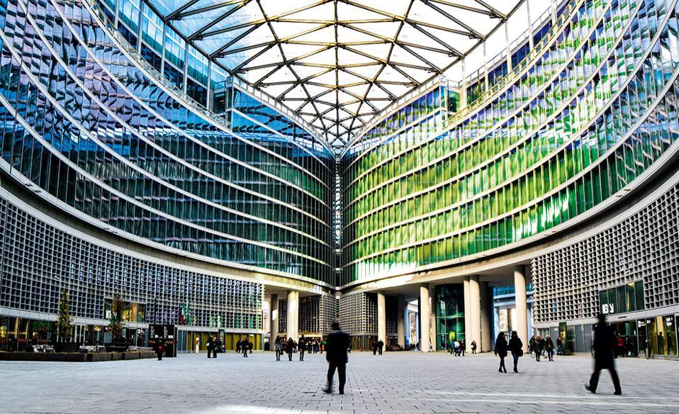 Το Palazzo Lombardia είναι ένα εντυπωσιακό κτίριο από ατσάλι και γυαλί. (Φωτογραφία: SHUTTERSTOCK)