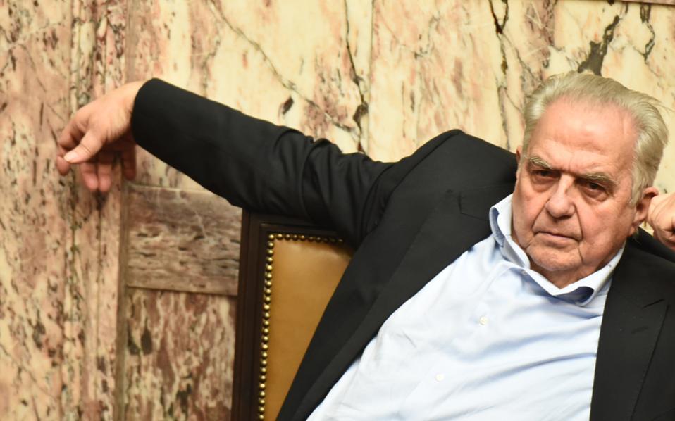 «...Και τις πλέον αισιόδοξες προβλέψεις ξεπέρασε η αποδοχή της νέας ιστοσελίδας του υπουργού Επικρατείας www.kathimerinotita.gov.gr», διαβάζω στην ανακοίνωση που κάνει λόγο για μόλις 23 αρνητικά σχόλια... Γι' αυτό τραβάει τ' αυτί του ο Αλ. Φλαμπουράρης;