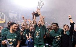Ο Καλάθης υψώνει ακόμη ένα Κύπελλο για τον πολυνίκη του θεσμού, Παναθηναϊκό.