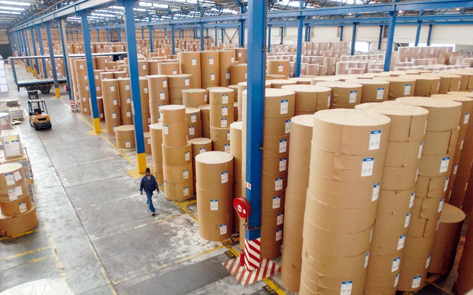 Οι επενδύσεις της COSCO και η ανάπτυξη των δικτύων από εταιρείες logistics στήριξαν τον κλάδο στη διάρκεια της κρίσης.