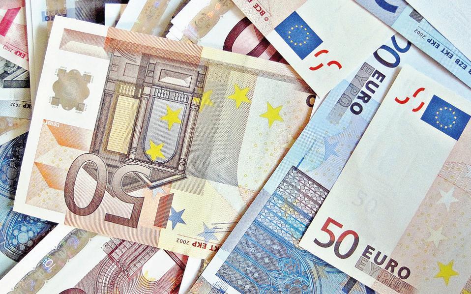 Τον Μάρτιο η Ευρωπαϊκή Επιτροπή αναμένεται να θέσει το ζήτημα της κατάργησης των μετρητών σε ανοικτή διαβούλευση, για να εκφραστούν όλες οι απόψεις· και όσες είναι υπέρ του μέτρου και όσες είναι κατά.