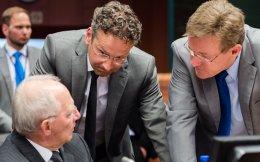Ο υπουργός Οικονομικών της Γερμανίας Βόλφγκανγκ Σόιμπλε και ο επικεφαλής του Eurogroup Γερούν Ντάισελμπλουμ αναμένεται ότι θα πρωταγωνιστήσουν στην αυριανή, καθοριστική για την πορεία των διαπραγματεύσεων, συνεδρίαση.