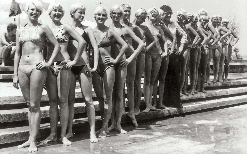 Χορεύτριες των φημισμένων μπαλέτων Μπολσόι, σε μία από τις πολλές επισκέψεις τους στην Ελλάδα για παραστάσεις, τη δεκαετία του '70.