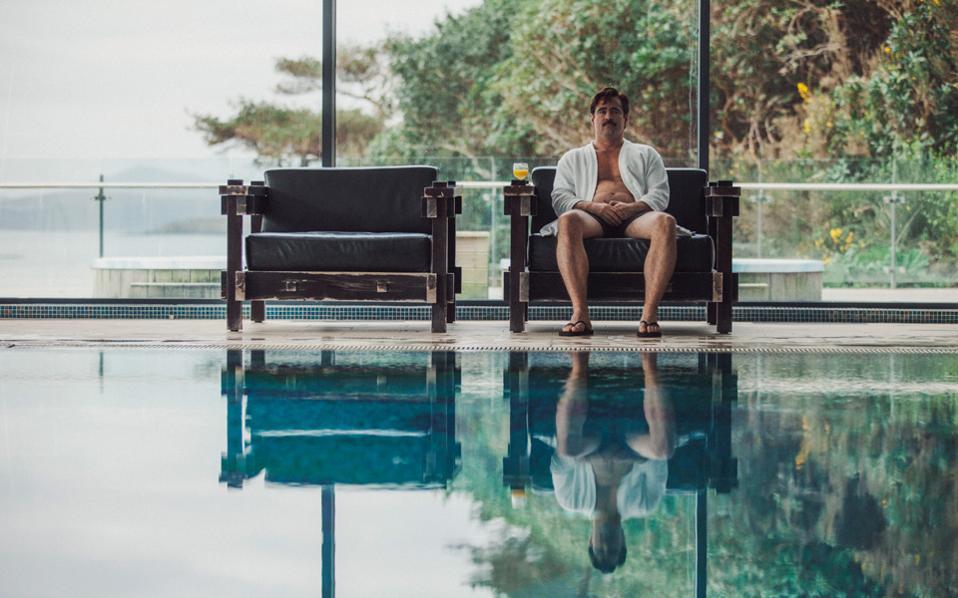 Ο Γιώργος Λάνθιμος και ο Ευθύμης Φιλίππου είναι υποψήφιοι για το Οσκαρ πρωτότυπου σεναρίου για τον «Αστακό». Στη φωτ. ο Κόλιν Φάρελ, που πρωταγωνιστεί και στη νέα ταινία τους (2017).