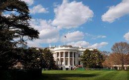 Το κενό εξουσίας στο Στέιτ Ντιπάρτμεντ και σε άλλα υπουργεία δυσχεραίνει τις δυνατότητες παρέμβασης της Ουάσιγκτον.