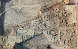 Ο προκασσάνδρειος οικισμός του 4ου αιώνα π.Χ. στο «Αμαξοστάσιο», Πυλαία, εύρημα ιστορικής σημασίας.