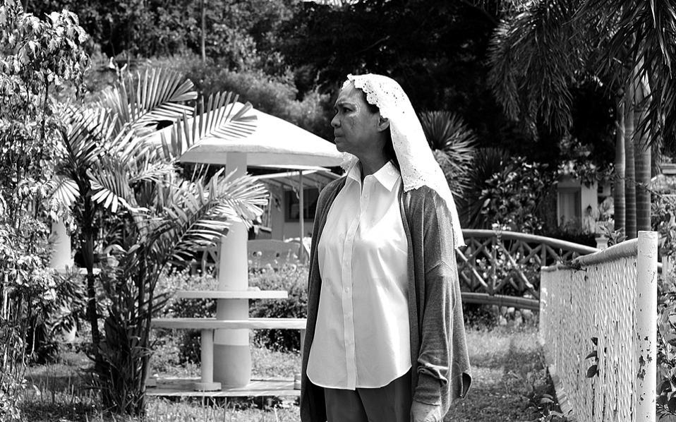 Συγκλονιστική η ερμηνεία της Τσάρο Σάντος-Κόνσιο, στη «Γυναίκα που έφυγε».