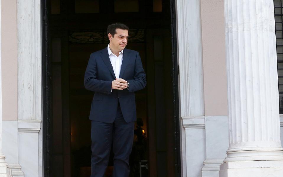 Το πρωθυπουργικό περιβάλλον παραπέμπει στις δηλώσεις Τσίπρα για πλήρη ολοκλήρωση της διαπραγμάτευσης, μαζί με τα μέτρα που αφορούν την περίοδο από το 2019 και μετά, στις αρχές Απριλίου.