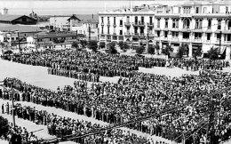 Καταγραφή των Εβραίων της Θεσσαλονίκης στην πλατεία Ελευθερίας, τον Ιούλιο του 1942.