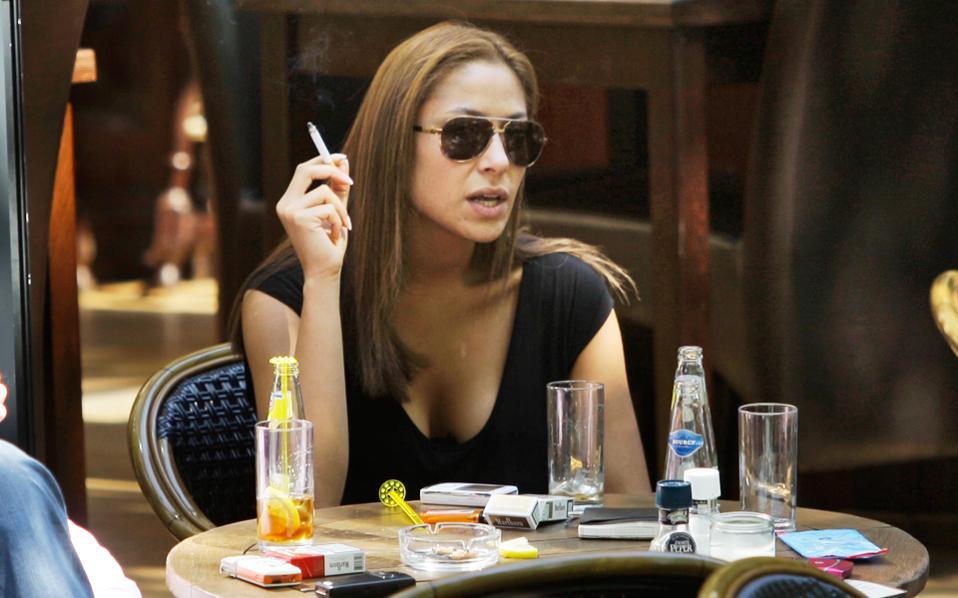 To κάπνισμα μειώθηκε παγκοσμίως, αλλά όχι όσο θα έπρεπε.