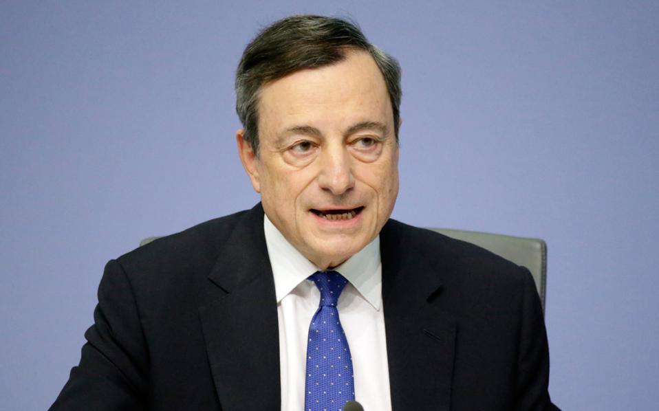 Ο πρόεδρος της ΕΚΤ Μάριο Ντράγκι σχολίασε θετικά τις συστάσεις της Διεθνούς Διαφάνειας, αλλά επισήμανε ότι δεν είναι καθήκον της ΕΚΤ να τις εφαρμόσει, καθώς κάτι τέτοιο δεν προβλέπεται από το καταστατικό της.