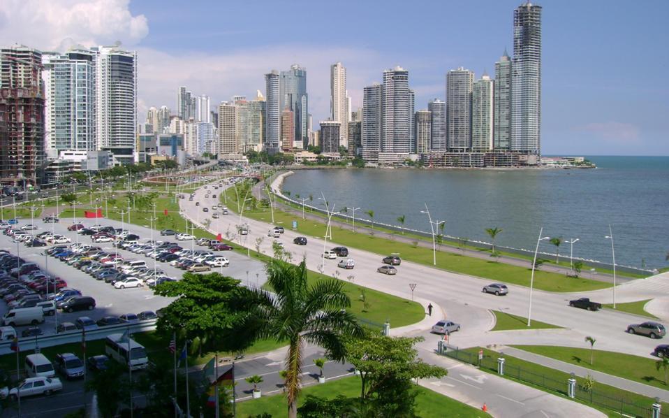 Ο Παναμάς έχει αναδειχθεί σε κορυφαίο και ιδανικό προορισμό για την ίδρυση επιχείρησης, λόγω του ότι διαθέτει πολύ ευνοϊκό φορολογικό καθεστώς για τέτοιου είδους δραστηριότητες.