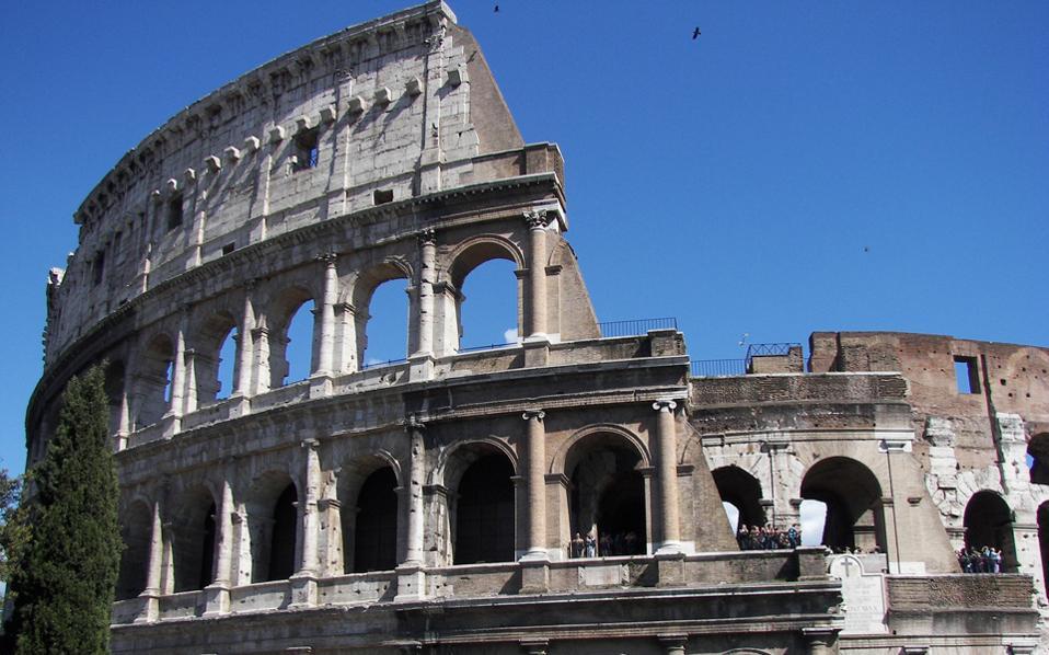 Επίκεντρο του αρχαιολογικού πάρκου, που θα περιλαμβάνει την Αγορά, θα καταστεί το Κολοσσαίο στη Ρώμη.