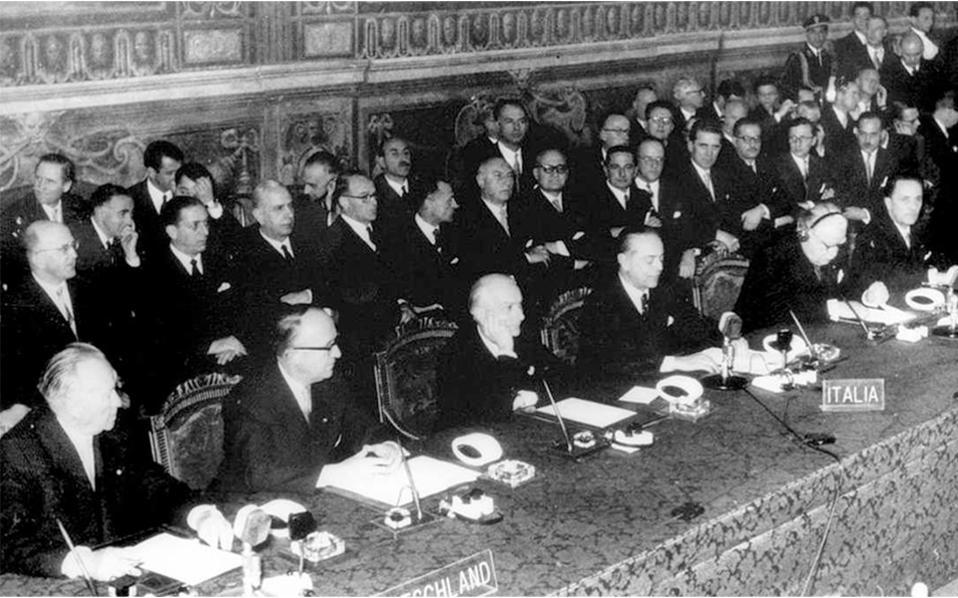 Η υπογραφή της Συνθήκης της Ρώμης στις 25 Μαρτίου 1957. Η ανάπτυξη της ΕΟΚ/Ε.Ε. άλλαξε το πρόσωπο της Γηραιάς Ηπείρου.