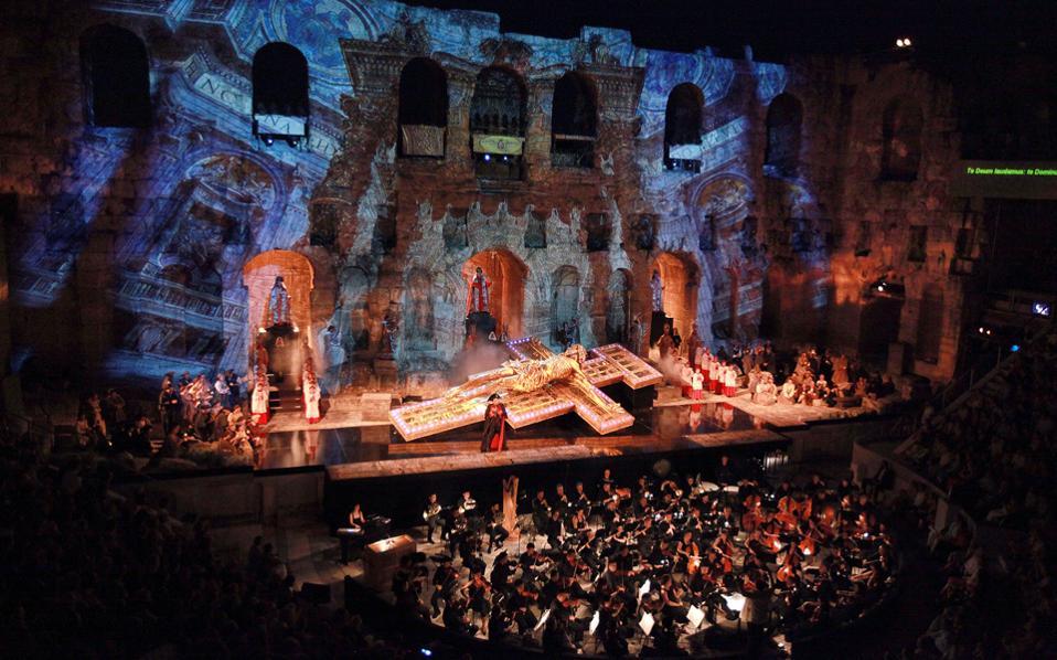 Η «Τόσκα» του Πουτσίνι στο Ηρώδειο, το καλοκαίρι του 2012, παραγωγή της Λυρικής Σκηνής, είχε παρουσιαστεί υπό τη διεύθυνση του Μύρωνος Μιχαηλίδη.