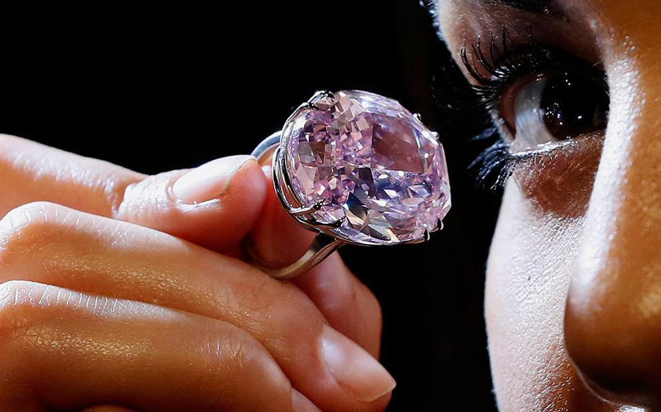 Ροζ διαμάντι σε τιμή-ρεκόρ. ×. pink diamomd 753cd92de49