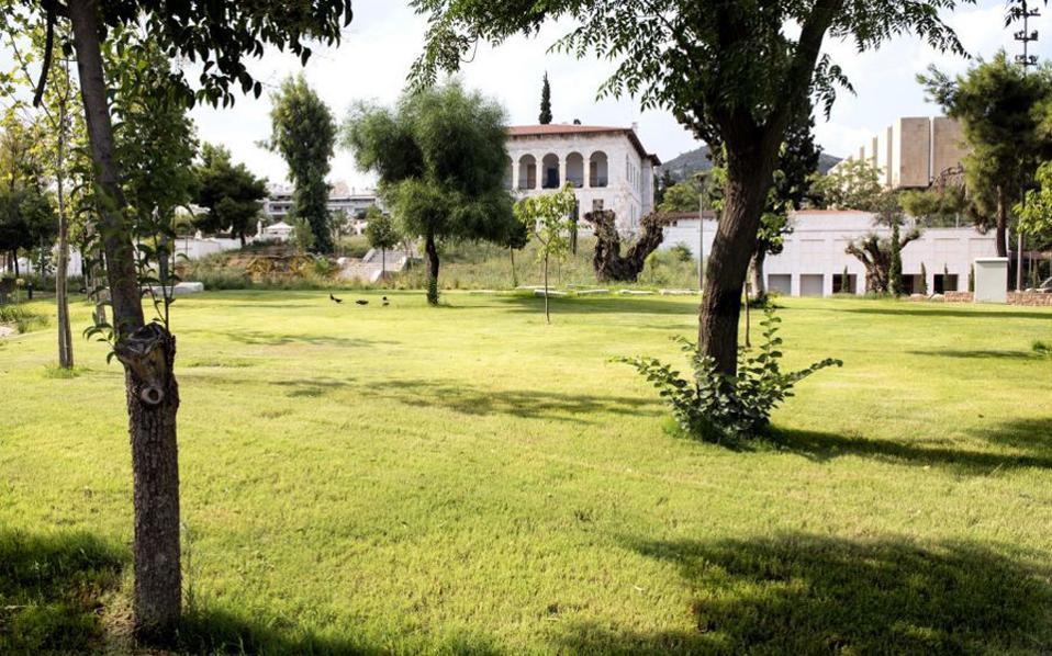 Ο κήπος του Βυζαντινού Μουσείου είναι έτοιμος, αλλά οι αίθουσες κλείνουν στις 4 το απόγευμα.