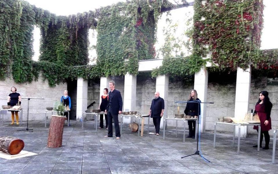 Αφιέρωμα στον Γιάννη Χρήστου από το Ensemble Spinario στο Μέγαρο Μουσικής.
