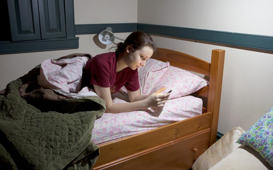 Δύσκολη η εφηβεία. Τώρα ερευνητές αναζητούν τα κληρονομικά αίτια της πρόωρης εφηβείας στα κορίτσια, που αυξάνει τον κίνδυνο για κάποιες μορφές καρκίνου.