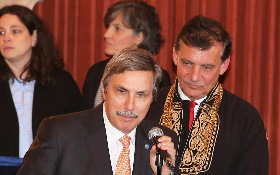 Ο κ. Αντώνης Παπαδημητρίου, πρόεδρος του Ιδρύματος Ωνάση, δήλωσε υπερήφανος απόφοιτος του ΕΚΠΑ.