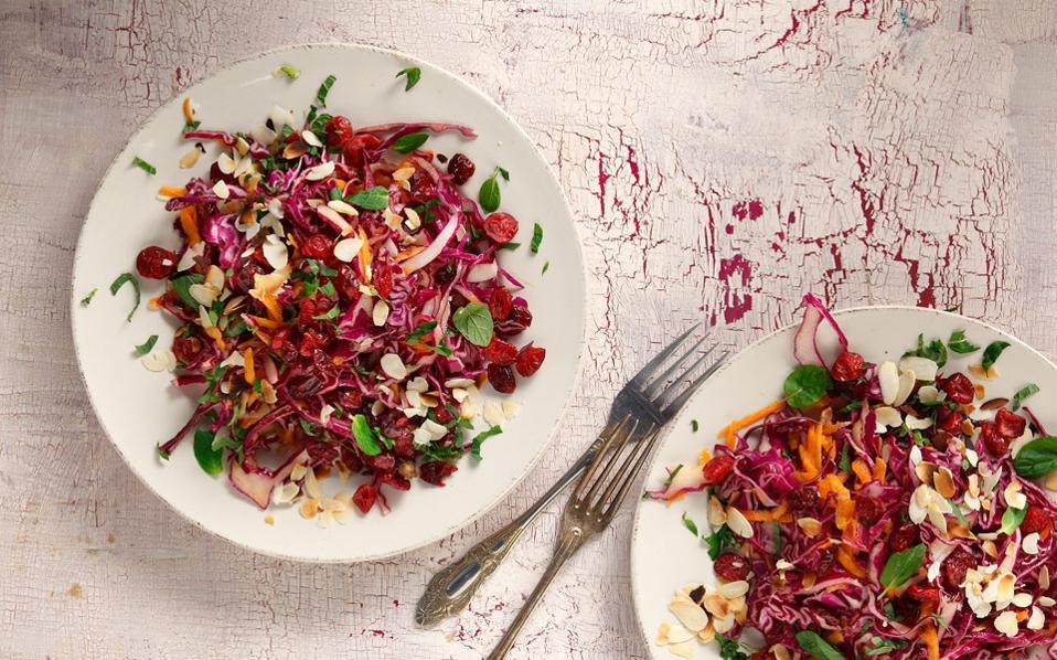 65140219_03541_salates_kokino-laxano-karoto-cranberry