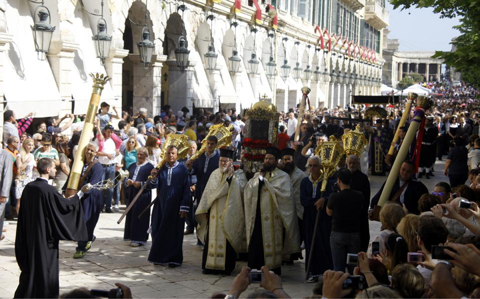 H Κέρκυρα είναι και φέτος ο προορισμός με τη μεγαλύτερη ζήτηση στην Ελλάδα στη διάρκεια της πασχαλινής περιόδου. Ιδιαίτερα ικανοποιητικά, πάντως, κινούνται και οι κρατήσεις στη Ζάκυνθο.