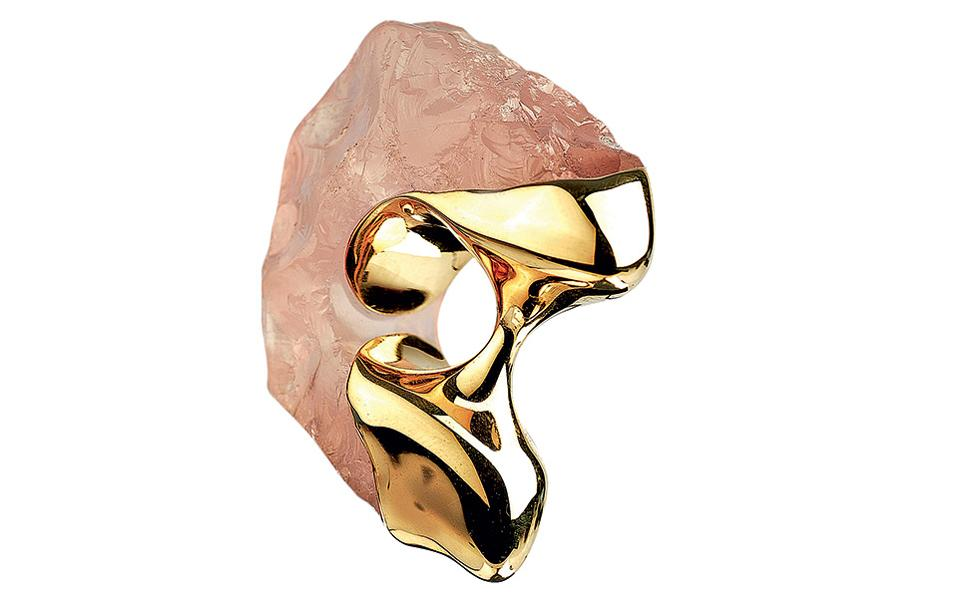 michael-pelamidis-lithic-18k-ring-with-pink-quartz