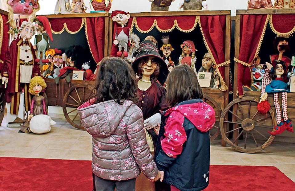Επίσκεψη στο Μουσείο Κούκλας, στον μύλο Παπά. (Φωτογραφίες: NIKOΣ ΚΟΚΚΑΣ)