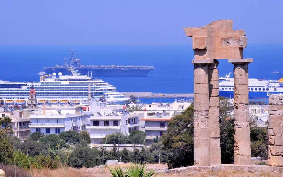 Η Αθήνα προσβλέπει σε άμεση αύξηση των κινεζικών επενδύσεων στην Ελλάδα και αποδίδει μεγάλη σημασία στις επαφές που θα πραγματοποιηθούν στο Πεκίνο.