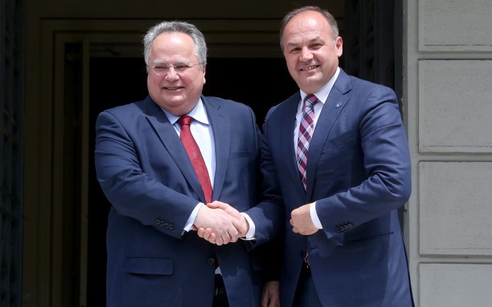 Με τον Κοσοβάρο ομόλογό του Ενβέρ Χοτζάι συναντήθηκε χθες ο υπουργός Εξωτερικών Νίκος Κοτζιάς.