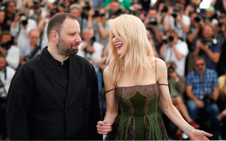 Γ. Λάνθιμος και Ν. Κίντμαν στην παρουσίαση της ταινίας στις Κάννες.