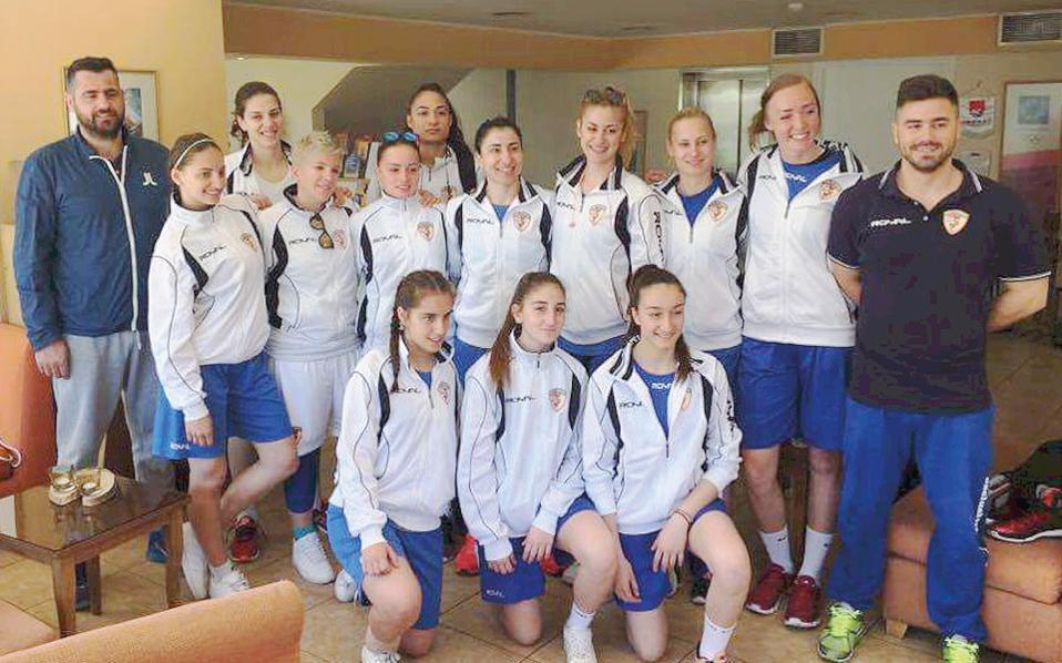 Πέρυσι, η Νίκη Λευκάδας βρέθηκε στην έκτη θέση του πρωταθλήματος, ενώ προκρίθηκε στο Final Four του Κυπέλλου, στο οποίο κατέκτησε την τρίτη θέση, τεράστια επιτυχία για το μικρό σωματείο. Το νησί το γιόρτασε δεόντως...