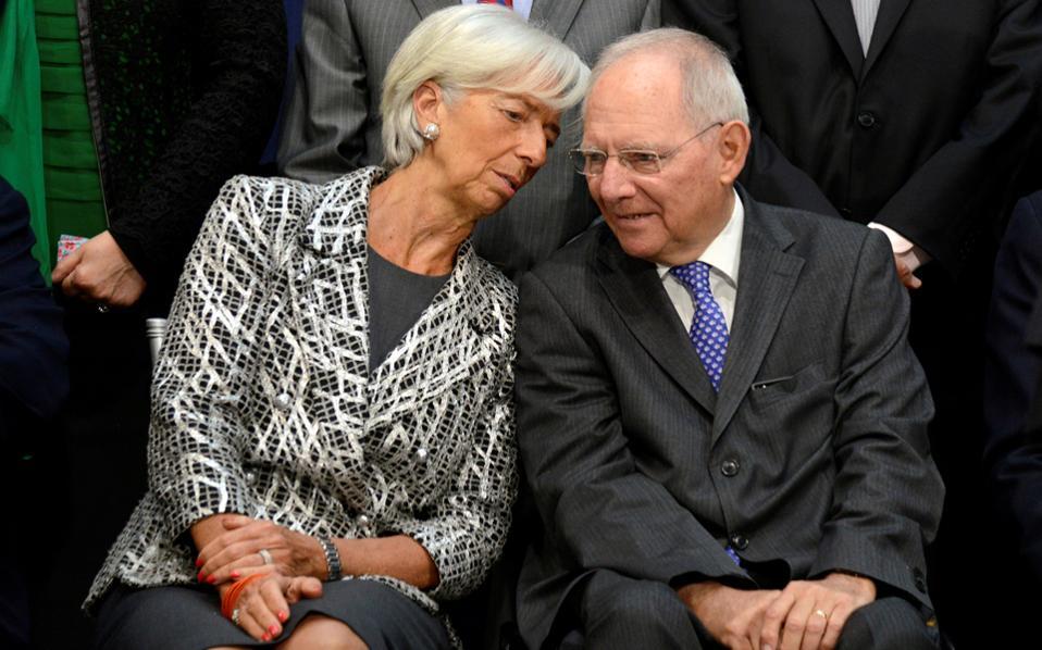 Κριστίν Λαγκάρντ και Βόλφγκανγκ Σόιμπλε θα βρεθούν αντιμέτωποι «στη μητέρα των μαχών» για το ελληνικό χρέος.