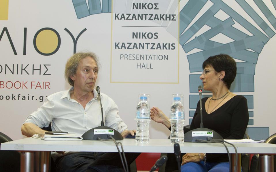 Ο Πασκάλ Μπρικνέρ με τη δημοσιογράφο Μικέλα Χαρτουλάρη στη συζήτηση για το σύνολο του έργου του στη 14η ΔΕΒΘ.