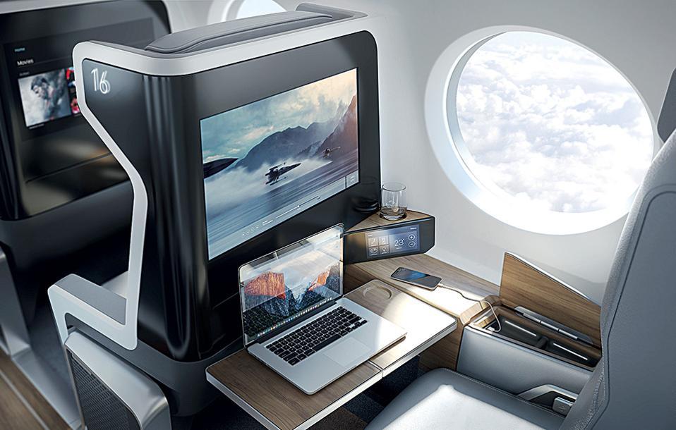 laptop-movie-iphone-glass-fulltable